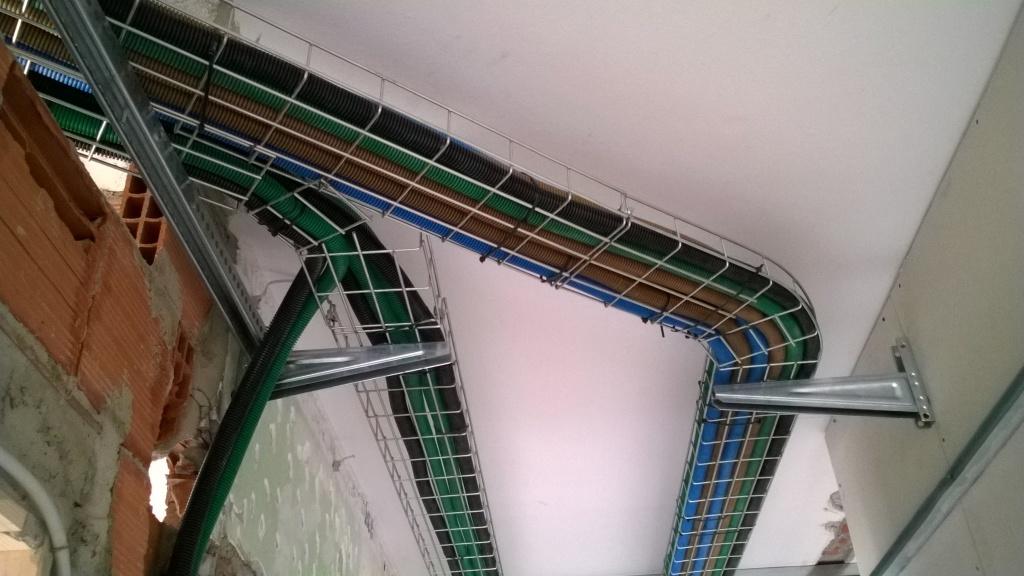 Canaline impianto elettrico realizzare impianto elettrico with canaline impianto elettrico - Impianto elettrico esterno canaline ...